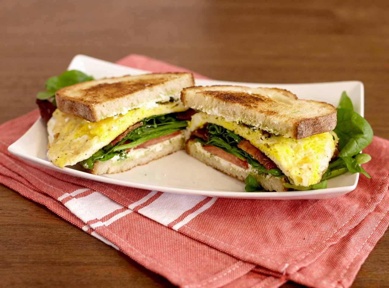 Gluten Free Bacon and Egg Breakfast Sandwich by Chef Lilly Gjekmarkaj